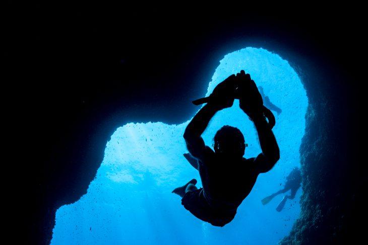 Snorkeling grotta Isca Tour in barca da Sorrento